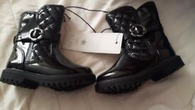 Girls black patent boots