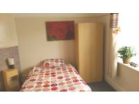 Large single room available in a 2 bedroom flat (only 1 person in flat)