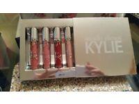 Kylie Jenner Lipstick Set