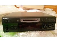 Sony Minidisc deck MDS-S39