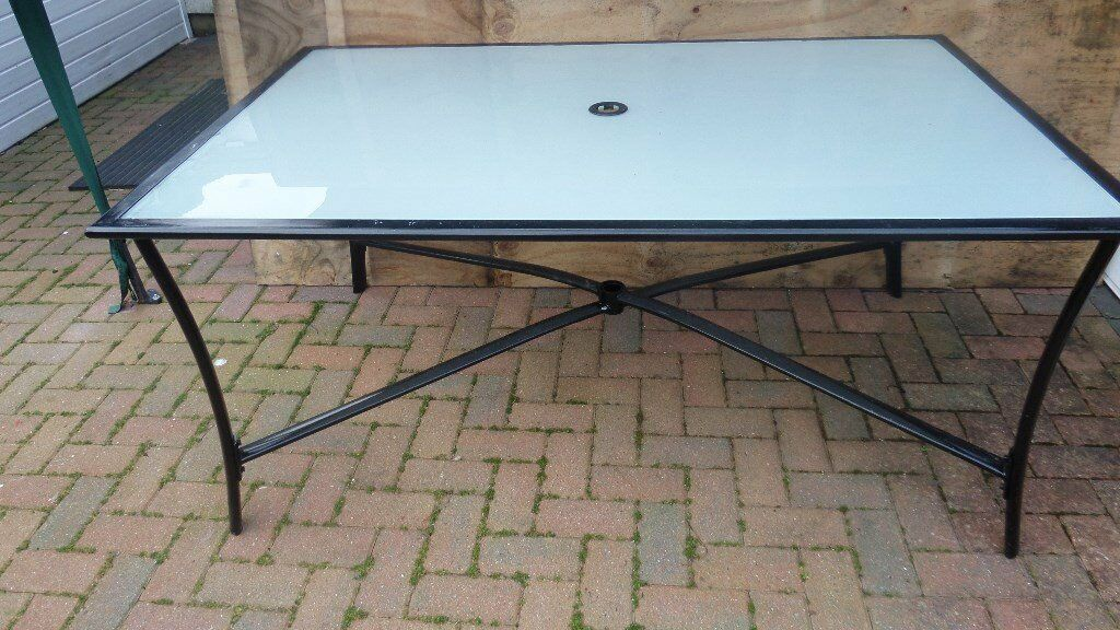 free glass garden table