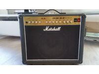 Marshall JCM 2000 - DSL 401