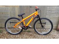 COMMENCAL ABSOLUT JUMP BIKE
