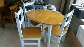 Table and chairs *PRICE REDUCED*