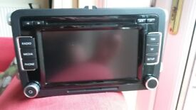 VW SCIROCCO PASSAT GOLF ECT 2010 TOUCH SCREEN STEREO RADIO CD PLAYER UNIT 3C8035195
