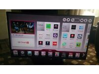 "LG 47"" LED TV SMART/FREEVIEW HD/FREESAT/WIFI/100HZ/DUAL CORE/MEDIA PLAYER IN MINT CONDITION"