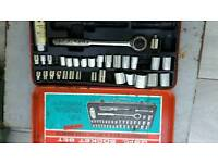 Socket set reduced