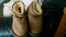 Real uggs size 4.5 adult
