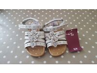 Girls White Sandals Size 8 Brand New With Labels