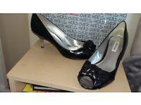 Hwad iver heels black full heeled shoe uk7