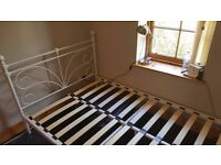 PRETTY DOUBLE BED FRAME