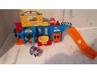 Toot toot repair station with hot rod car toddler pre school toy
