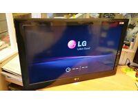 The LG LE4900 LED TV 32 inch