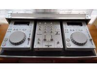 Limited edition white Pioneer CDJ350 decks, DJM350 mixer and matching Pioneer DJ flight case