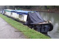 Narrowboat 44ft hardwood top. Lister 3 cylinder aircooled. Coal fire. Gas water heater