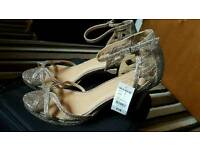 Brand new Women party heels shoes size 8