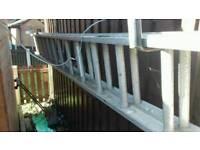 Double exending alluminium ladders
