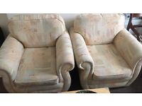 Good condition sofa Set With convertable bed