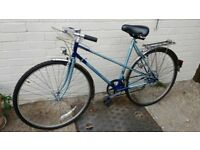 Raleigh classic 1980s mixte frame ladies bike. Beautiful condition, with original dynamo. £75