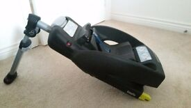 Maxi Cosi Easyfix base for Maxi Cosi Car Seat £30 (ISOFIX)