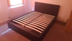 King size bed frame,black. perfect condition