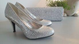 Silver Ladies Shoes Size 6 Inc Evening Bag