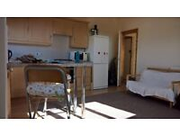 2 Bed Fully Furnished Top Floor Flat in Waterloo