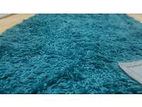 vvv thick big beautiful modern stylish teal/ turquoise thick shaggy rug