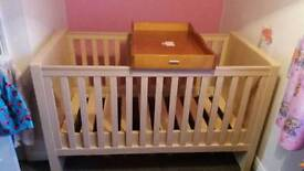 Babies cot / childs bed