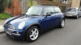 Mini Cooper Automatic Full Leather Seats with Heating Parking Sensors
