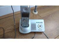 Panasonic Twin Cordless Homephone with answering machine £5