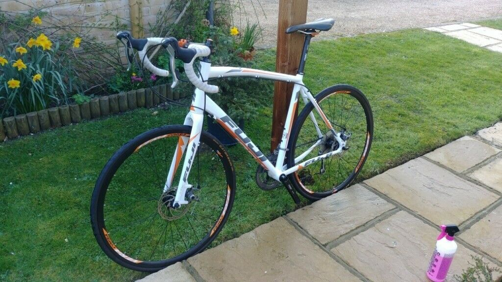 Fuji Sportif 1 3 (2014) Tiagra Size L (58cm) Mens Road Bike   in  Warlingham, Surrey   Gumtree