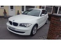 BMW 1 SERIES - WHITE - 3 DR - LOW MILEAGE & MOT!