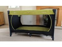 Hauck Dream N Play Travel Cot with Mothercare Mattress & Sheets