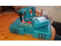 Makita BHR200 24v 3 function cordless Rotary Hammer Drill with one battery/charger & chisel in box.