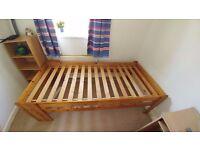 Single wooden bed (Mattress, duvet and pillow optional)
