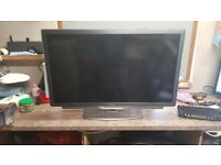 "40"" LED TV 1080 P with Ambilight"