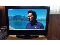 """Goodmans LD3265D1 32"""" LCD TV freeview 1 hdmi vga scart new remote control"""