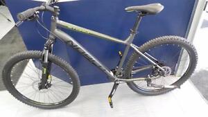 Vélo de Montagne (P015552)