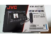 ****** JVC KW-AV71BT DOUBLE DIN IN-CAR ENTERTAINMENT -- BRAND NEW AND BOXED ****** 5 STAR REVIEWS !!