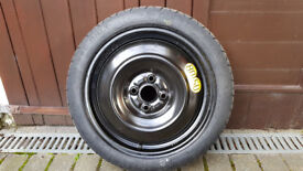 Yaris space saver tyre - Dunlop T125/70016 96M tubeless (will fit Yaris with 15 inch wheel) £100 ono