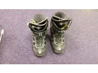 excellent DC SHOE CO USA Mens Snowboard Boots size UK 11 EU 45,5
