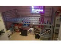 Single hammock bunkbed