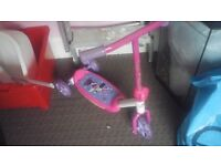 Minni mouse toddler scooter