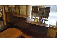 Quaint Vintage Shcreiber Dressing Table & Matching Drawers