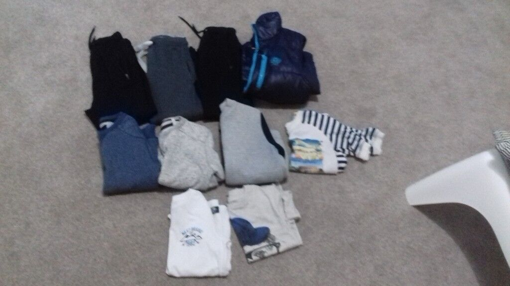 Boys clothing bundle age 7 approx