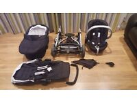 Excellent Condition Sola Travel system from Mamas & Papas