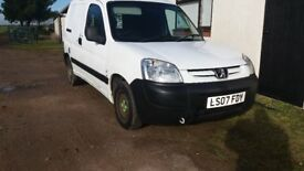 Peugot 800LX HDI 75 5door just MOT daily use 2new tyres first will buy.£1180.very nice. 07860370877.