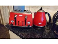 Delonghi red kettle&toaster