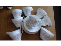 **VERY PRETTY VINTAGE MONTFORT BILTONS TEA SET**